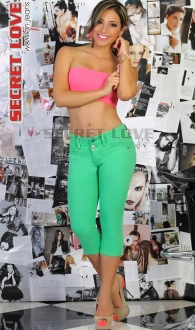 Jeans Capri Levanta Cola Color Verde Limon Secret Love 06 TALLA